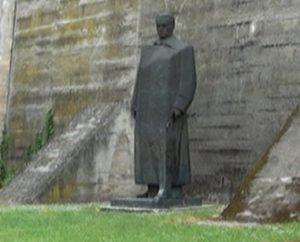 titov-spomenik