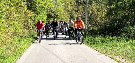 Biciklisticki karavan