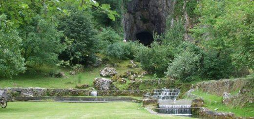 Petnica i Potpćeka pećina