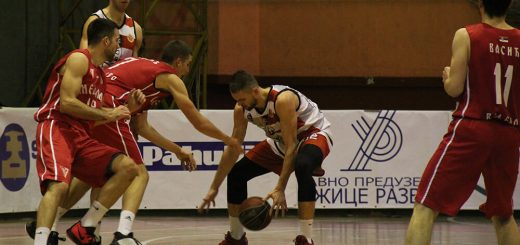 Duel sa meča košarkaša Slobode i Metalca