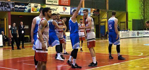 Košarkaši Slobode i Novog Pazara