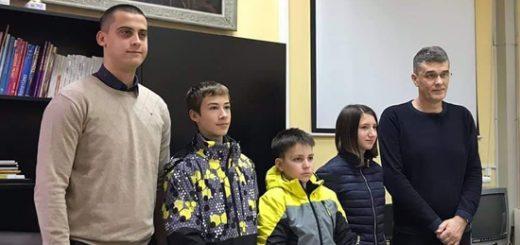 roboticari skole Kralj Petar drugi
