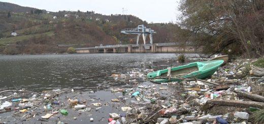 Lim plutajuća deponija