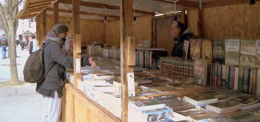 Prodaja knjiga u Bajinoj Bašti