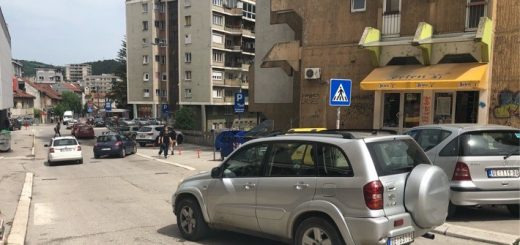 Automobili na ulicama Užica