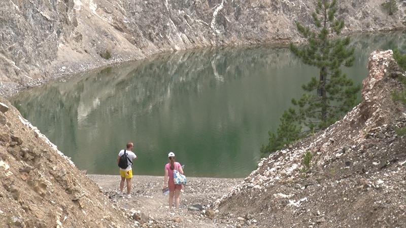 Tavničko jezero